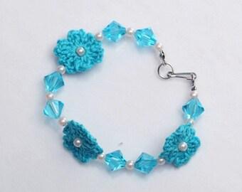 CLEARANCE SALE - Pretty blue bracelet
