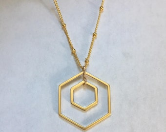 Nesting hexagon necklace // gold geometric necklace // mothers gift // gifts for her // modern // minimalist // layered necklace // delicate