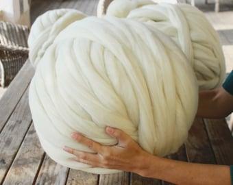 Wool ball XXL Merino 100% Super Chunky. 2 kilograms. From Spain