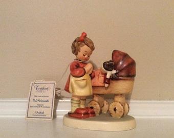 "Darling! The ""Doll Mother"" Hummel/Goebel Figurine TMK6."