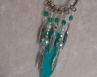 Pendant turquoise silver metal feathers and beads
