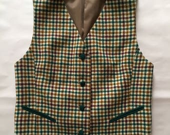 cropped wool vest / pine green, berry and coffee houndstooth print / size M