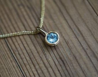 Aquamarine Pendant Gold Aquamarine Necklace Birthstone Pendant Natural Aquamarine Pendant 14K Yellow Gold Pendant Solid Gold Necklace