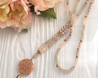 Beautiful pearl necklace Pink-grey-Rosegold natural stone & glass beads