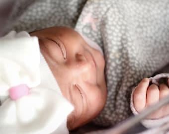 NEWBORN GIRL HAT - Baby Girl Hat -Baby's 1st Keepsake - New Baby Hats - Newborn Hospital Hat with Bow