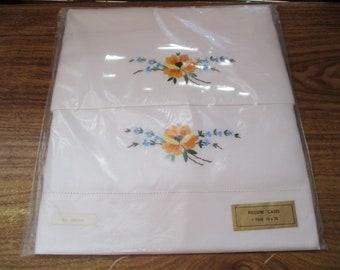 White Embroidered Vintage Cotton  Pillows Case Set - Pair of Pillow Cases - White