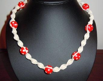 Polka Dot Smile - Macramé Necklace with Red Polka Dot Beads