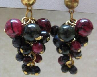 Black Maroon Cluster Dangle Earrings Pierced Post Vintage Gold