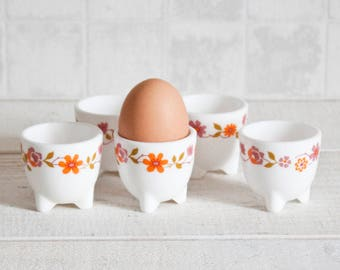 Set of 5 Lovely Seventies arcopal eggcup - Retro kitchen floral decor - 1970s made in France