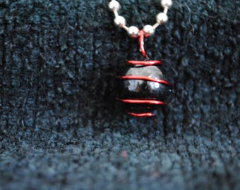 Black Marble Red Wire