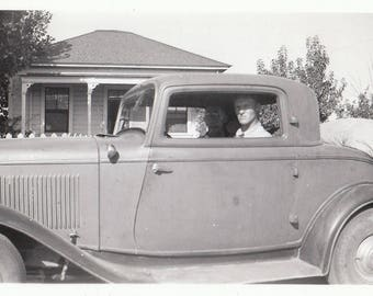 Original  Vintage Photograph Snapshot Man Sitting in Car 1930s-40s