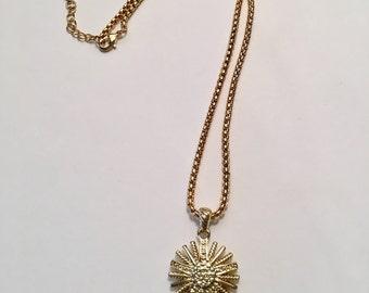 Sunshine necklace pendant gold