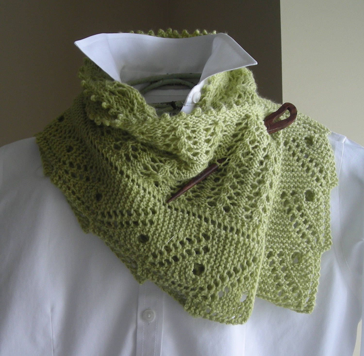 Lace Scarf Shawl - Easy Knitting Pattern - Front Porch Fern Leaf ...