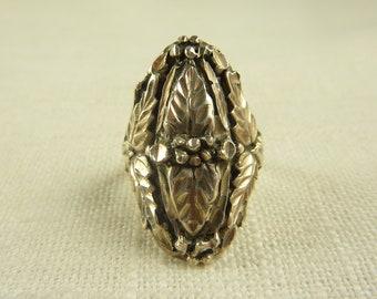 Size 6.25 Vintage Black Hills Sterling Large Ring