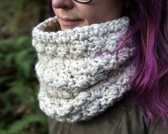 Oversized Chunky Cowl || The Cascade (Cream Tweed)