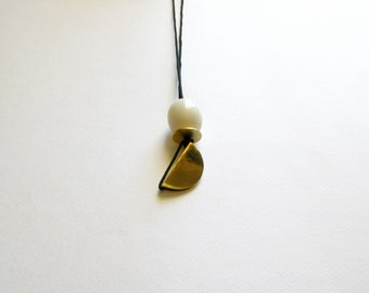 Modern Pendant Necklace-Brass Modern Necklace-Resin Necklace-Resin Jewelry-Gold Resin Necklace-Contemporary Jewellery-Modern Jewellery