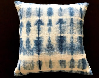 Shibori 30 cm x 30 cm  pillow cover - shibori- pillow cover gift- Mothers day gift - Modern home-Sustainable living-Natural dyes