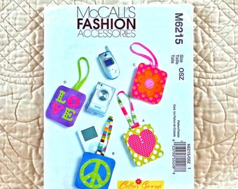 CASE PATTERN, Cell Phone, McCalls M6215 Crafts, Phone or MP3 Player Cases with Strap, Two Sizes, 2010 Uncut