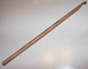US SIZE H...Surina Wood Crochet Hook...5MM...6 Inch...Straight End