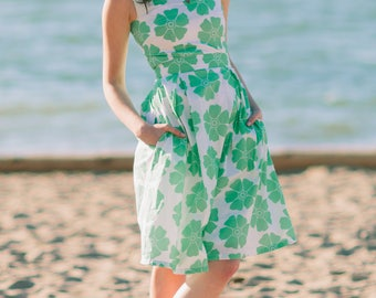 Lana dress inspired by classic vintage in green floral