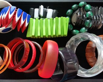 Huge Lot of Vintage Bracelets. Lucite, Plastic, Wood, Abalone Shell, Horn etc