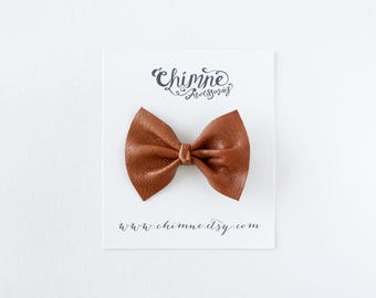 tan leather hair clip, leather bow, girls leather bow headband, baby leather bow headband, leather hair bow, baby leather bow,