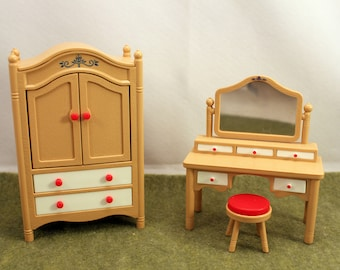 Tomy Dollhouse Bedroom Furniture Wardrobe with Dresser Homes & Garden Smaller  Homes Vintage Toy 1970s SS