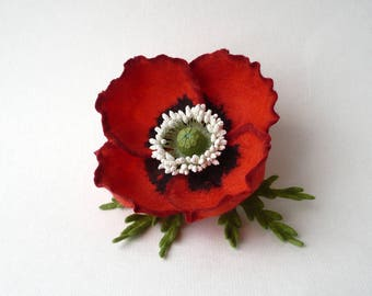 Brooch red poppy felted pin red brooch felt corsage flower scarlet poppy Memorial Day Remembrance Day Poppy Appeal Anniversary gift