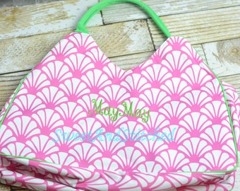 Monogrammed Beach bag in pink and green, Large Beach Tote Monogrammed with inside zipper pouch, Great For girls weekend or Bachelorette!