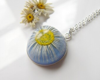 Daisy Necklace, Pressed Flower Jewelry, Resin Jewelry, Real Flower Necklace, Resin Flower Necklace, Gift for Her