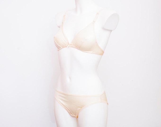 Vintage lingerie set triangle bra and panty dead stock Vintage Size S