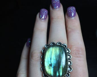 925 Stamped Rainbow Green Blue Labradorite Ring, Size 7.5