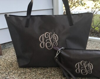 Monogram Bag  - Bridesmaid Weddinng Bag  - Wedding Day Gift for Bride