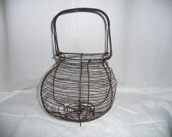 Former salad basket