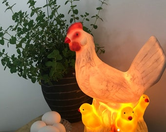 Lamp Chicken with chicks vintage