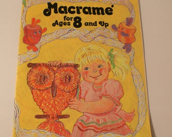 Macrame for Ages 8 and Up Kids 1976 Easy Macrame Knotting Directions 886