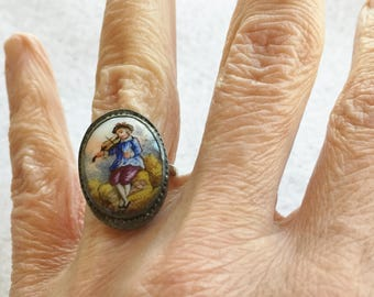 Victorian Ring Hand Painted on Porcelain Size 7