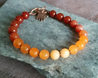 RED ORANGE CARNELIAN Agate Beaded Bracelet with Copper. 8mm Agate Stone Beads in Rust Red, Burnt Orange, Peach Color Gradient. All Sizes.