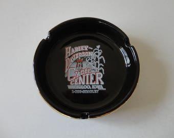 VINTAGE black ceramic HARLEY davidson motorcycles ASHTRAY - harley-davidson cycle center waterloo, iowa