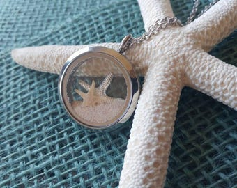 Bahamas necklace - Pink Sands Beach - Starfish floating locket - Starfish necklace - Beach locket - Bridesmaid gift - Starfish story