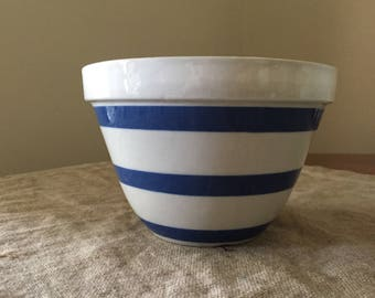 Fabulous VINTAGE ENGLISH No. 30 blue and white stripe Pudding / mixing Bowl.