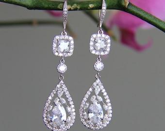 Sparkly chandelier dangley bridal earrings, wedding earrings, cubic zirconia earringss, CZ earrings, bridal jewelry, wedding jewelry