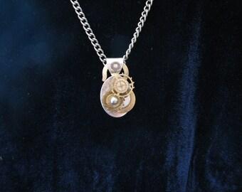 Necklace: Steampunk Pendant