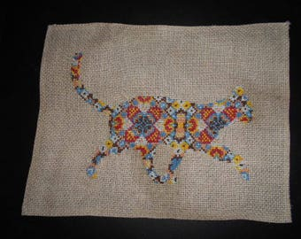 Hand - multicoloured cat embroidery