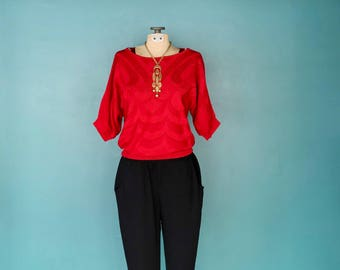 Red Sweater, Vintage 70s Sweater, Bohemian Sweater, Knit Pullover, 1970s Sweater, Casual Sweater, Lightweight Sweater, Boho Sweater, Small