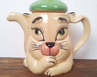 1950s Teapot P&K Cat in a Tam O' Shanter Hat