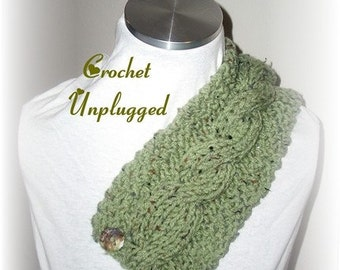 Cabled knit neckwarmer
