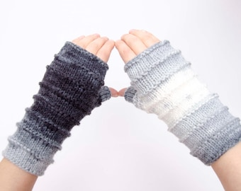 Sale  -Knit striped fingerless gloves in black white    -  COLOR OPTION AVAILABLE