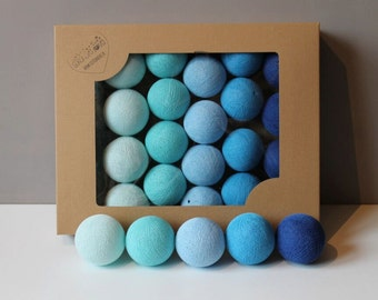 Cotton Balls Blue 35 items