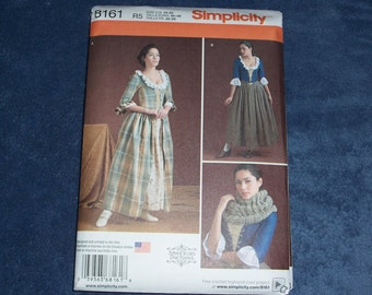 Simplicity 8161..Misses 18th Century Costumes..Gown with Stomacher & Petticoat..New for 2016..Revolutionary War Era Dress Pattern